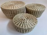 Basket round with lid of natural grass with beige ribbon set/3