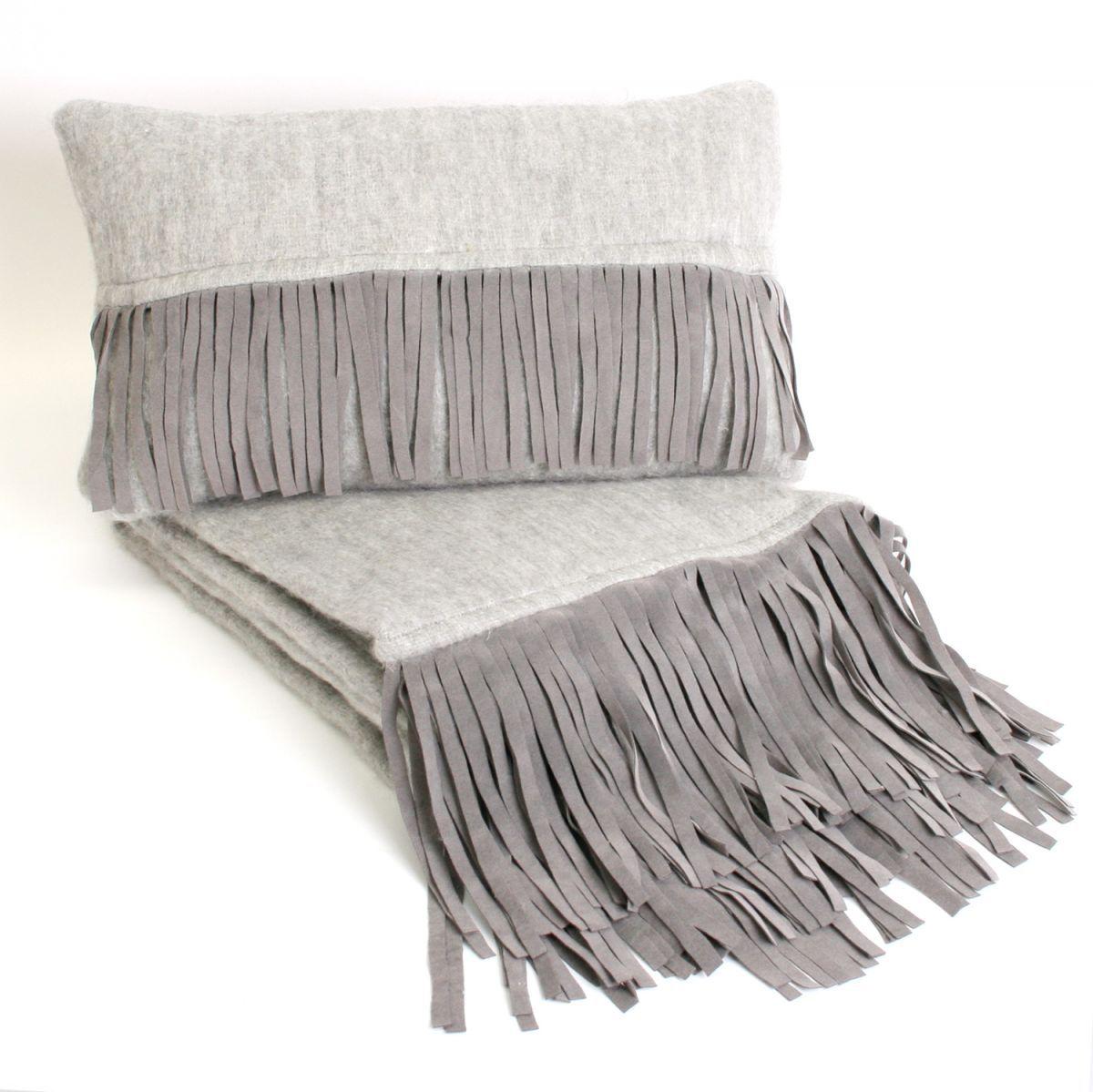 deken licht grijs met suedine franjes 130x170cm