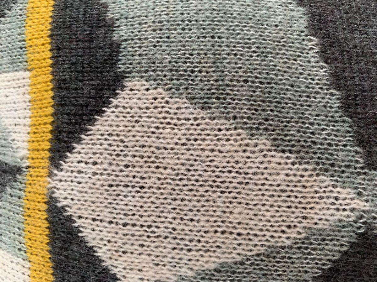 kussen grafisch grijs geel wol 50x30cm