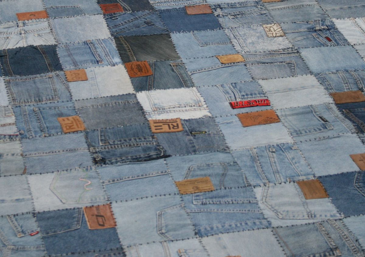 sofa with recycled denim with labels 90x45 hg 45 cm