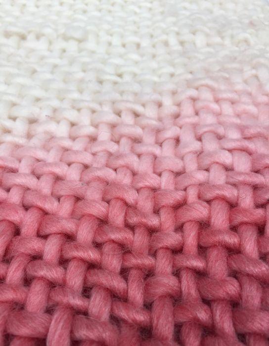 throw acrylic ivory coral dip dye effect 130x170cm